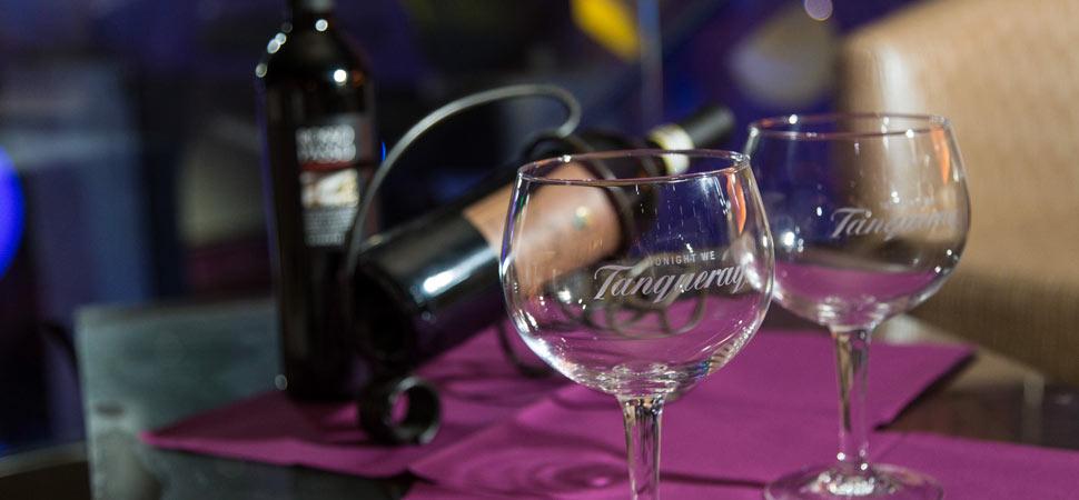 Speisen, kalte und warme Getränke & Shishas - Towers Club